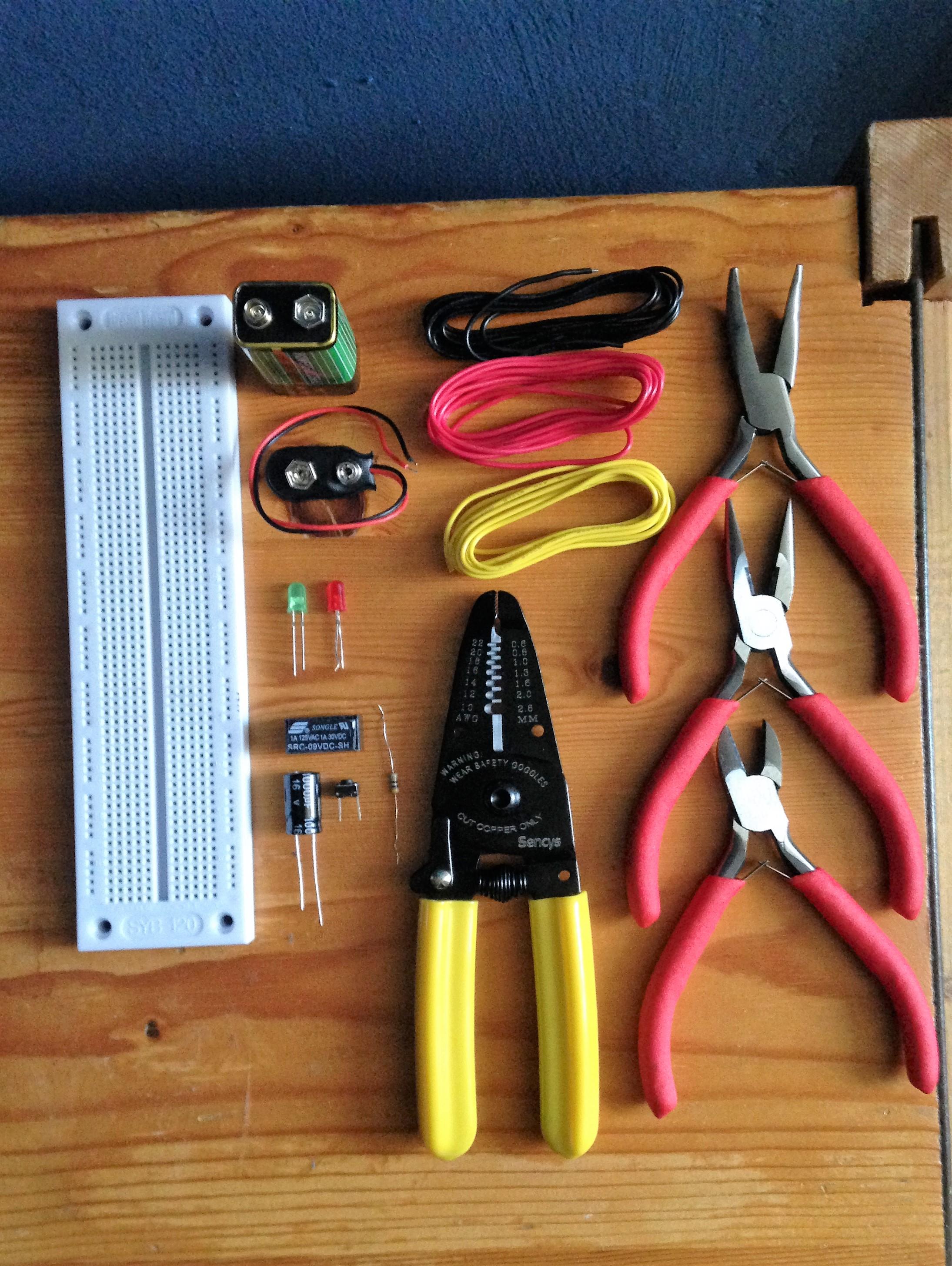 Experiment 8: A Relay Oscillator - Savitris nl